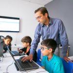 Aplikasi Alternatif Sebagai Cara Mengajar Online yang Efektif dalam Pembelajaran Bahasa Inggris